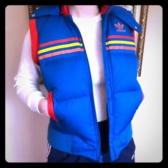 ADIDAS sz S Vintage down rainbow stripe puff vest